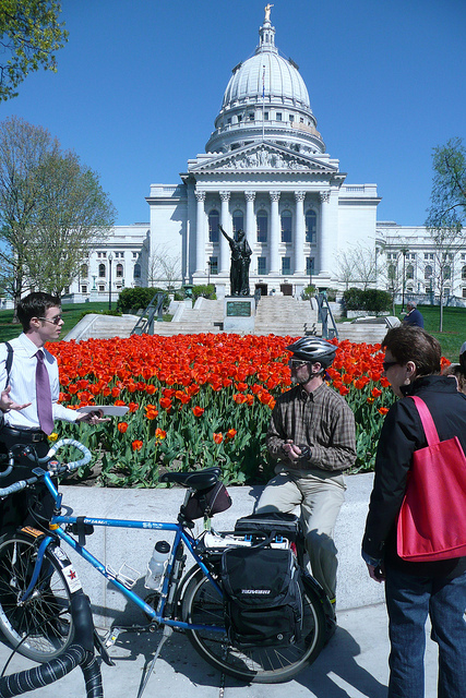 Cyclists in front of the Wisconsin state capitol